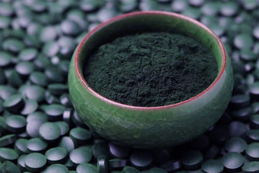 Zielono niebieska Spirulina – co warto o niej wiedzieć?